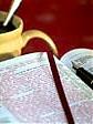 Pismo Święte i kredki